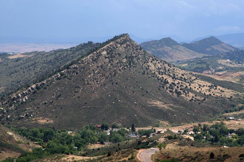 Landforms in the World: Erosion Landform ( 09.Hogback )